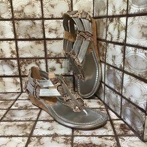 Donald J Pilner Snakeskin Silver Cork Sandals 8.5